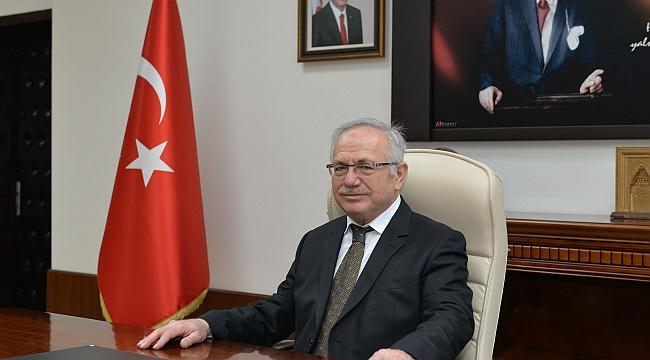 Rektör Prof. Dr. Namık Ak'tan Ramazan Bayramı Mesajı