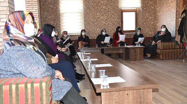 Karamanoğlu Mehmetbey Üniversitesinde Birinci Kadın Buluşmaları Başladı